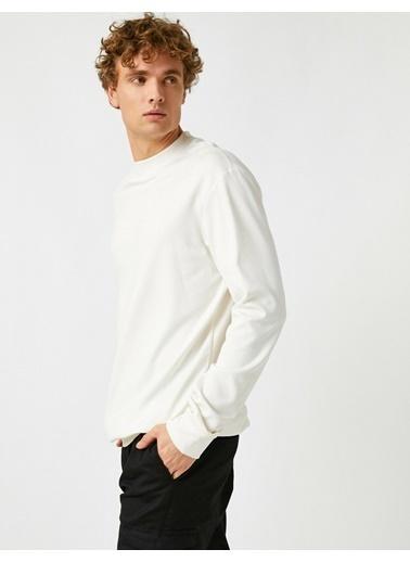 Koton Basic Bisiklet Yaka Uzun Kollu Sweatshirt Beyaz
